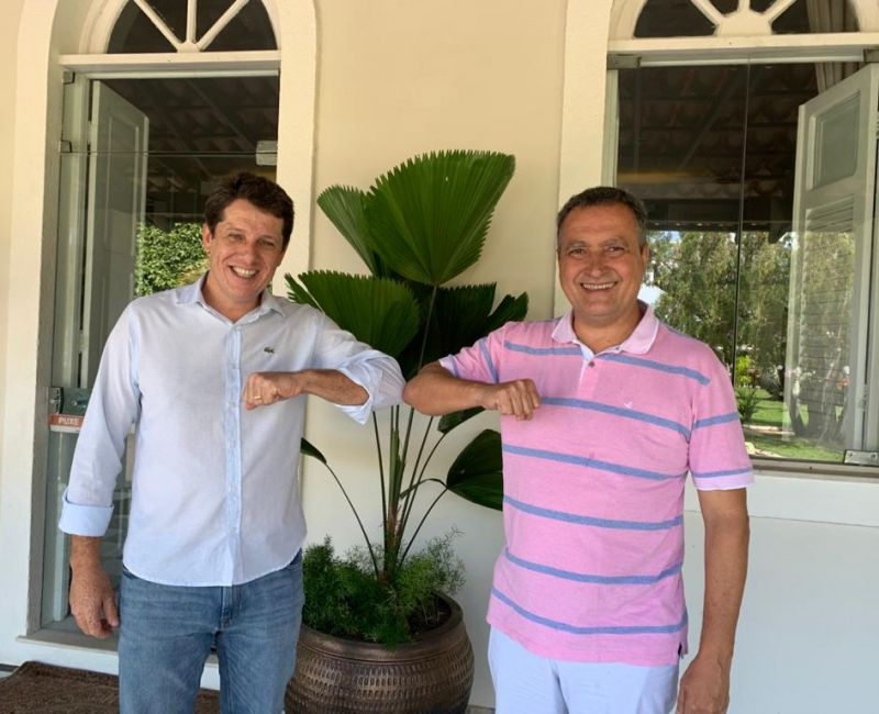 Zé Cocá debate futuro de Jequié com governador durante café da manhã
